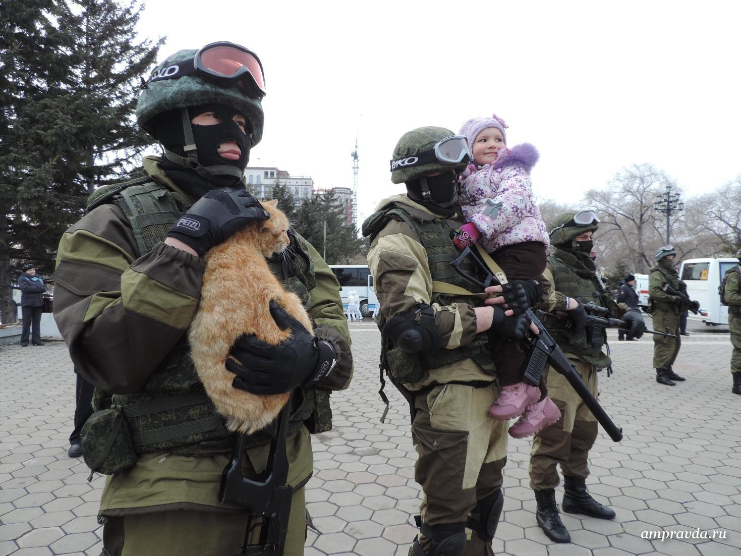 Фото вежливого человека с котом в крыму 7