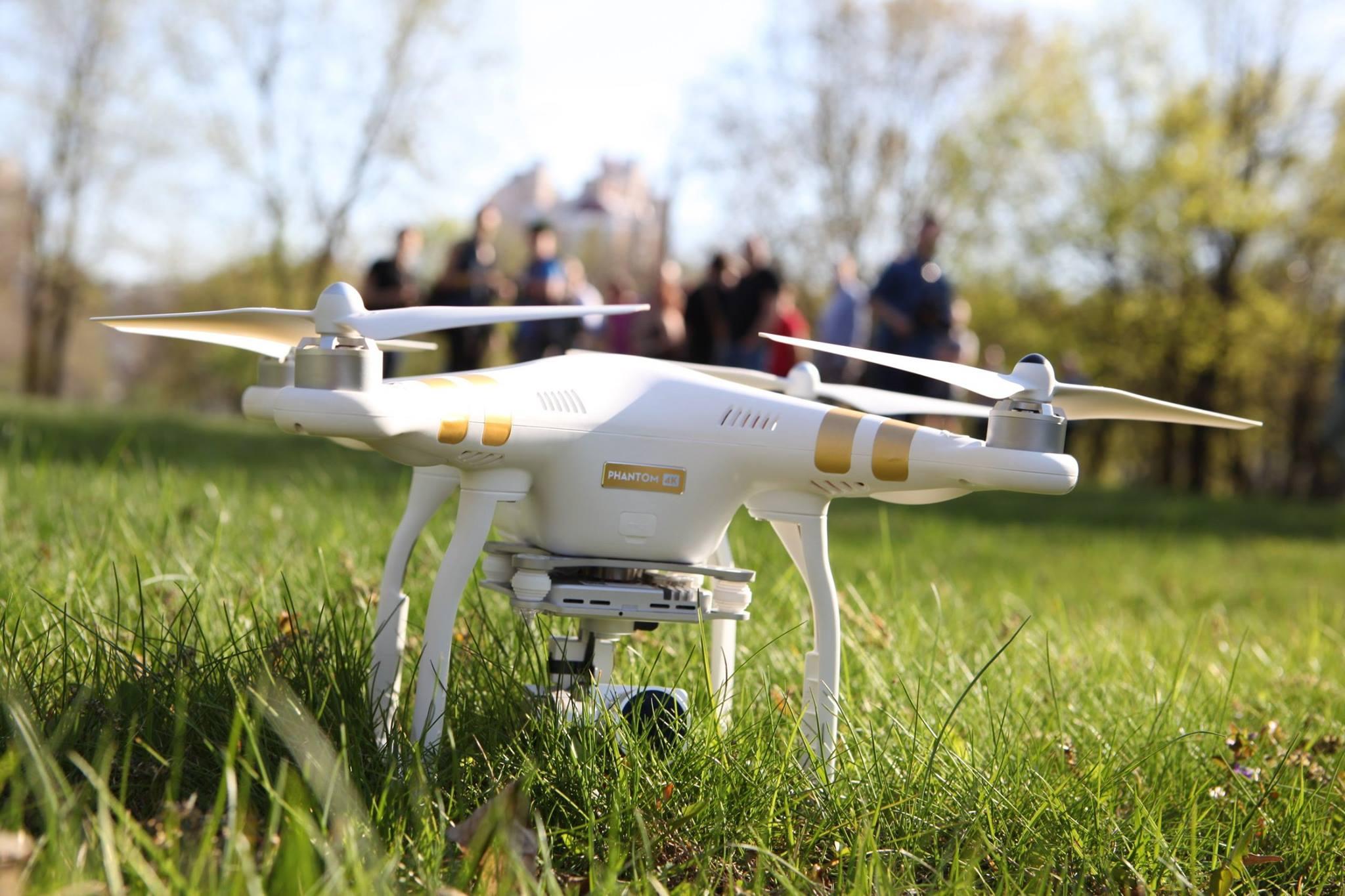 Квадрокоптер как запускать дополнения к базовой комплектации spark дешево